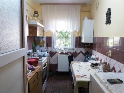 Apartament 3 camere de vanzare Bularga Baza III,55000 EUR foto