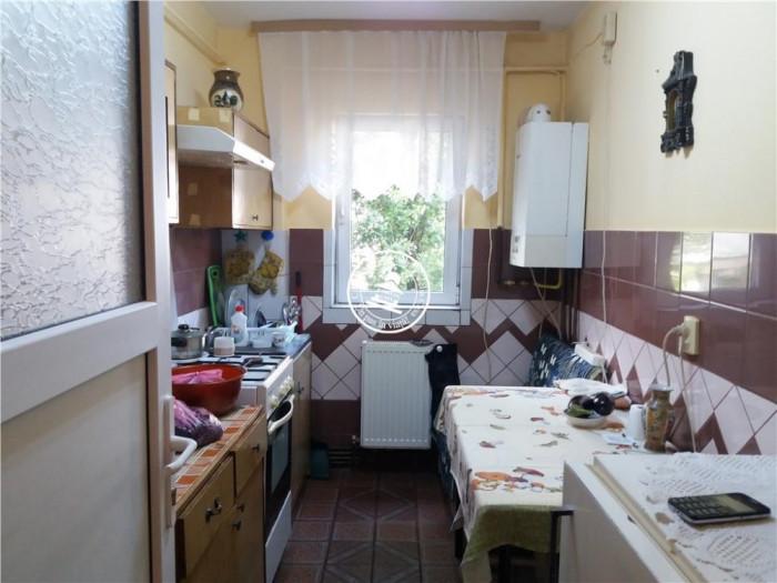 Apartament 3 camere de vanzare Bularga Baza III,55000 EUR