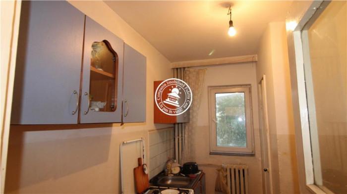 Apartament 3 camere de vanzare Bularga Baza III,45000 EUR