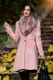 Palton roz din lana cu blana