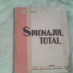 Spionajul total-Kurt Riess