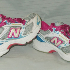 Adidasi copii NEW BALANCE - nr 28, Din imagine