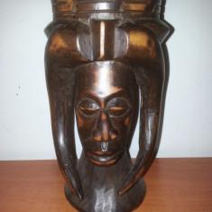 Sculptura lemn /statueta africana