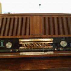 Radio pe lampi stereo