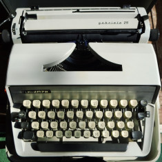 Masina de scris triumph