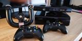 Microsoft Xbox 360, 500 GB, Kinect Camera + 2 controllere + 1 Volan + 13 jocuri