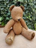 Ursulet de jucarie vechi
