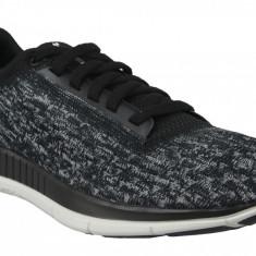 Pantofi alergare Under Armour W Lightning 2 3000103-001 pentru Femei