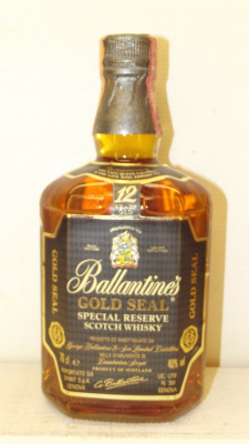 RARE BALLANTINES, GOLD SEAL SPECIAL RESERVE, AGED 12 YEARD cl 70 gr 40 anii 80 foto