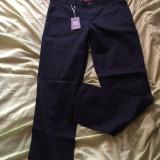 Pantaloni barbati, Negru