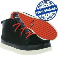 Pantofi sport Umbro Spinningfield Mid Waterproof pentru barbati - impermeabile