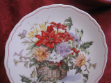 FARFURIE DECORATIVA PORTELAN ENGLEZESC ROYAL DOULTON FINE BONE CHINA - FLOWERS