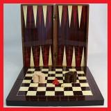 Joc de table in cutie din lemn lacuit