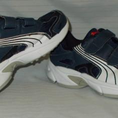 Adidasi copii PUMA - nr 32, Din imagine