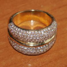 Inel pentru doamne , din aur de 18 K , cu diamante , brand Chopard la Strada ?