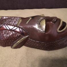 Masca veche,balineza,din lemn masiv pictat
