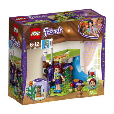 LEGO® Friends - Dormitorul Miei (41327)