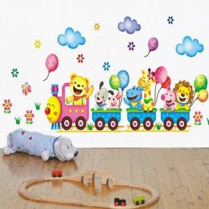 Sticker perete camera copil autocolant trenulet cu animale transport gratuit