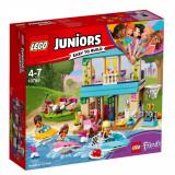 LEGO® Juniors - Casa lui Stephanie de langa lac (10763)