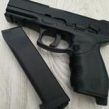Pistol Airsoft FULL METAL Puternic Taurus | Tip Glock | + Muniție si geanta, Kwa