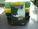 SPECTACOL IN AER LIBER - NINA CASSIAN