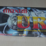 Vand casete audio sigilate noi Maxell UR90