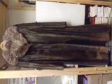 Haină din blană de focă