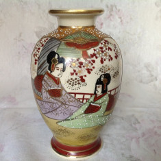 Vaza veche Satsuma , ceramica Japonia