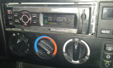 MP3 Radio auto cu USB si SD-Card (4 x 50 W) cu telecomanda