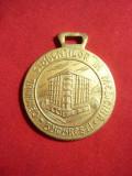 Placheta bronz cu toarta -Caminul Studentilor Medicina Bucuresti-50 Ani-h=3,8 cm