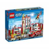 Remiza de pompieri (60110), LEGO