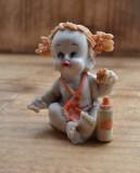 Figurina veche din alabastru,pictata manual, figurina copil / fetita #689