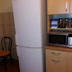 Combina frigorifica Whirlpool