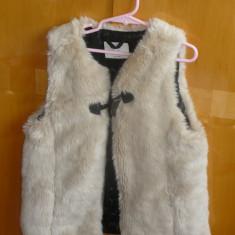 LOT capa si vesta de iarna pentru fetite - OKAZIE, 9-10 ani, Multicolor, Fete