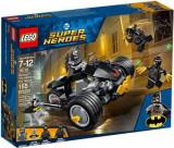 LEGO® Super Heroes Batman™ Atacul talonilor 76110