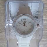 Ceas - livrare doar in Bucuresti