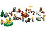 LEGO City - Distractie in parc - Oamenii orasului 60134