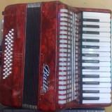 Acordeon Bass culoare rosie