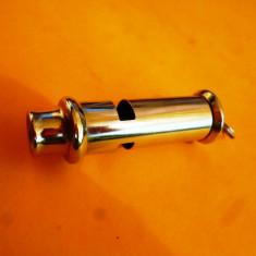 Fluier  metalic