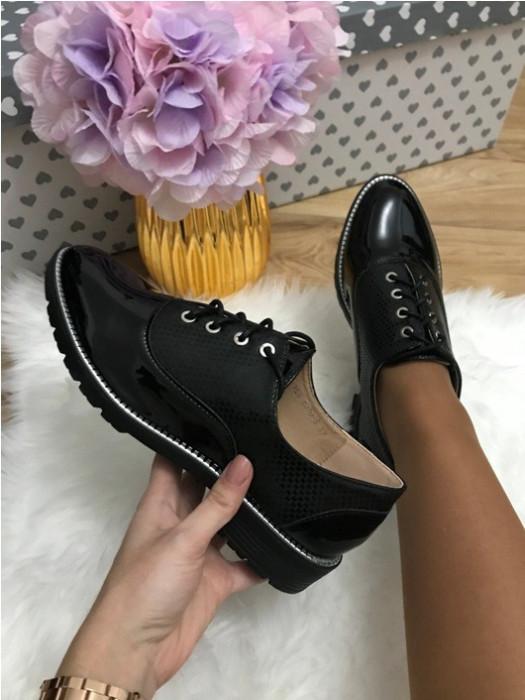 Pantofi dama negri luciosi oxford marime  39, 40+CADOU