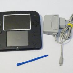 Consola jocuri Nintendo 2DS + accesorii originale