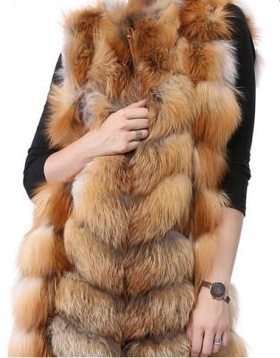 Vesta din blana naturala de vulpe foto