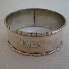 Inel pentru servetele din alama argintata marcat NS Import