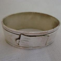 Inel vechi argintat pentru servetele, perioada anilor 1940