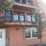 Vand casa 5 camere in Chisirid