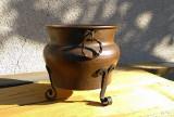 Jardiniera veche din bronz, lucratura manuala