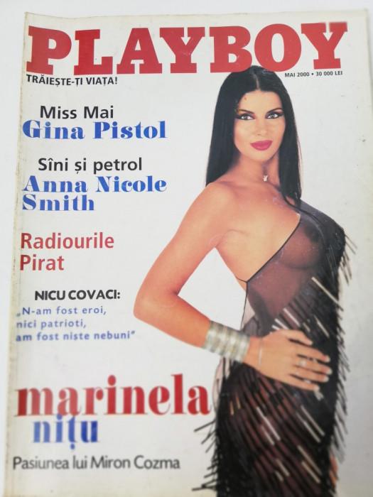 Revista Playboy 2000 mai