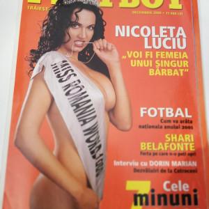 Revista Playboy 2000 dec.