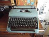Masina de scris mecanica OLYMPIA Germany