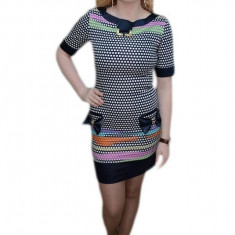 Rochie scurta, nuanta de bleumarin, design interesant aplicat, 36, 38, 40